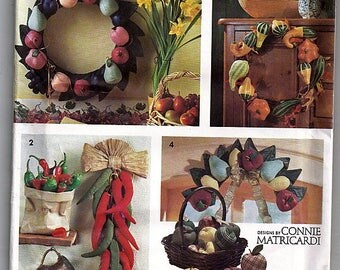 Ornamental Stuffed Fruit, Gourds and Chili Peppers / Original Simplicty Crafts Uncut Sewing Pattern 7934