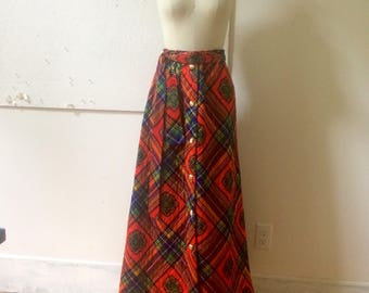 Quilted Maxi Skirt - 70s Long Skirt - Dome Buttons - Loungewear by Danville - Colorful