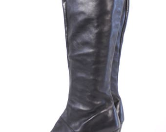 VINTAGE Designer Bandolino Black Leather Italian Boots sz 9.5 | Tall Knee High Side Zip Heeled Boots