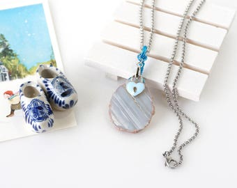 Raw Agate Stone Slice Necklace with Love Lock Charm, Wire Wrapped Natural Stone Jewelry