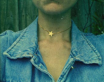 Delicate Star Necklace - 90s Jewelry, Gold Choker, Star Choker