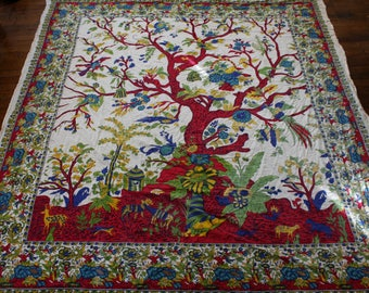 Vintage Hippie Psychedelic Tree Tapestry. Hippie Boho Stoner Home Decor Or Wall hanging. Boho Psychedelic Funky Home Decor Tapestry