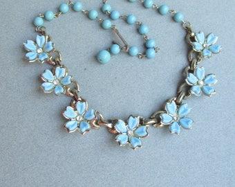 1950's Blue Thermoset Lucite & Rhinestone Daisy FLOWER Vintage Necklace