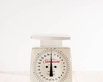 Vintage Food Scale | Antique Sunbeam Kitchen Scale | Sunbeam Plastic Scale | Vintage Kitchen Decor