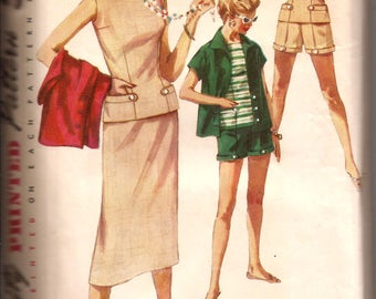 1960s Misses Weekend Wardrobe Vintage Pattern / Overblouse, Skirt, Shorts and Jacket / Simplicity 1124 / Size 15 Bust 33