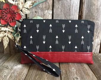 Black Wristlet Wallet Iphone 7 Plus, Vegan Leather Wristlet, Iphone 6 Wallet Case, Otterbox Wristlet, Smartphone Wristlet, Wristlet Purse