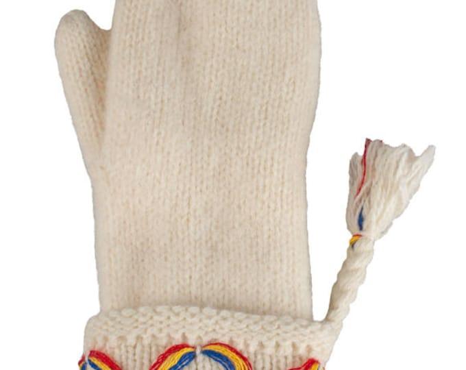 Swedish Lovikka Mittens with Thinsulate Handknit White