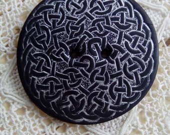 Celtic style polymer clay button, handmade button, unique button, sewing button, knitting button, scrapbooking, black button, round button