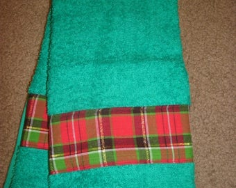 Holiday Hand Towels- Christmas Hand Towels- Holiday Plaid Towels- Seasonal Hand Towels- Bathroom Hand Towels- Guest Towels