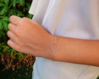 Gold Square Bracelet - Gold filled square pendant on a double Gold filled chain, Square Bracelet, Dainty Bracelet, Gold Bracelet
