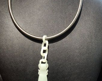 Hetian Jade Pendant Necklace, Articulated Celadon Nephrite, Qing Dynasty 1800s