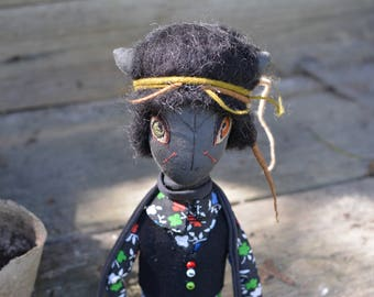 Boy with black hair - Pixie elf doll - Woodland  boy - Elf doll - Handmade doll - Textile toy - Exrime primitive - Embroidered face.