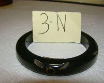 BB #3-N Carved Vintage Bakelite Bracelet