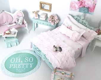 Shabby Cottage Chic Dollhouse Bedding/ 1:12 Scale Dollhouse Bed Bedding Set/Dollhouse Miniatures/Doll Beds/Pink Dollhouse Bedding/Miniatures