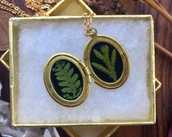 cedar and fern // vintage brass necklace // real pressed flowers // made in vermont