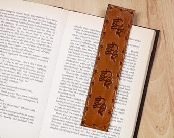 Elephant Bookmark, Leather Bookmark, Elephant Lovers Gift, 3rd Anniversary Gift For Wife, Elephant Bookmarker, Leather Gift For Friend ECM99
