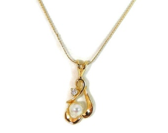 14k Gold Pearl Diamond Necklace Open Work Pendant and Chain