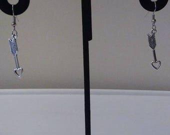 Tibetan Silver Arrow with Heart Earrings & Necklace