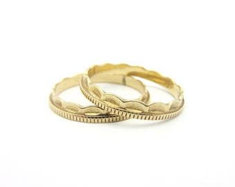 Pair of Ridged and Scalloped Ring Guard Stackable Bands 14k Yellow Gold Sz 5.75