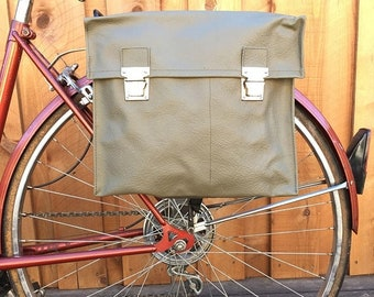 25% OFF Vintage Swiss Army Rubberized Canvas Medic Bag Bicycle Pannier 1970's