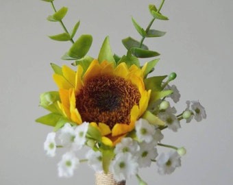 Sunflower Boutonnier