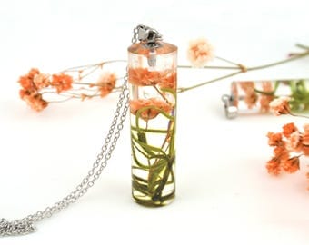 Terrarium Necklace, Real Flower Resin Necklace, Pressed Flowers, Botanical Jewelry, Plant Necklace, Moss and flower jewelry, resin jewelry