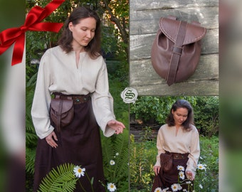 Medieval Leather Bag / Belt Bag / Fantasy style / hand-stitched / mahogany color / handmade