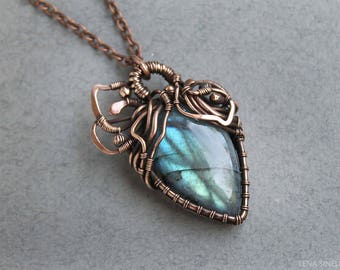 Labradorite pendant Copper pendant Wire wrapped jewelry Blue green labradorite Copper jewelry Handmade pendant Gift for her Mother gift