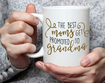 Gift for Mom, Coffee Mug for Grandma, Pregnancy Reveal Cup for Mother, Expectant Grandmother Gift Idea, Gift for Mother Grandma Nana Mug