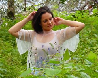 Boléro cache épaules blanc mariage bohème, dentelle fleurie, mariée en couleur, accessoire mariage, cocktail, cérémonie. Cape, tulle brodé