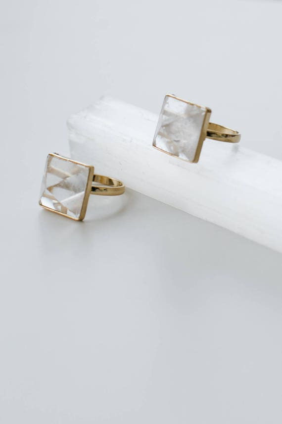Quartz Pyramid Ring