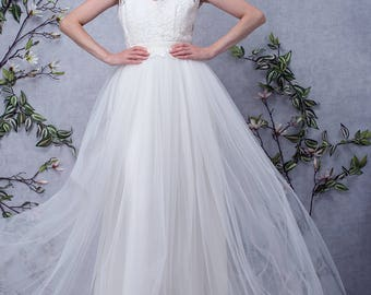 KYLIE // Long wedding dress lace and tulle, long skirt, backless, made to measure, silk princess dress, bridal dress