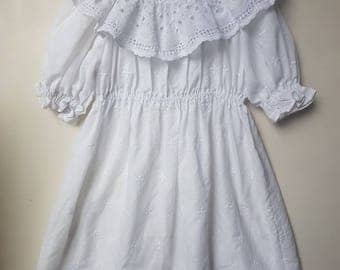 Vintage girls maxi dress. approx size 4++