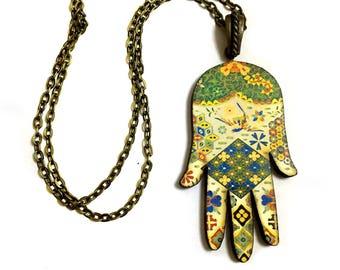 Hamsa Hand Necklace, Evil eye, Good luck, Oriental Ethnic Decor, Vintage Retro style, Red, Green, Gold, Amulet, Fleur de Lis, Long necklace