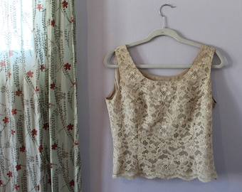 Lord & Taylor Lace Shell Small 10P