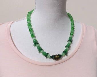 Green necklace, glass necklace, Boho necklace, crackle glass necklace, summer necklace, festival necklace