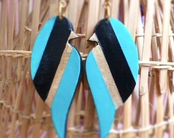 Large graphic earrings