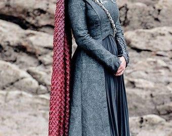 Daenerys targaryen games of throne season 7 fur dress jon for Daenerys jewelry season 7