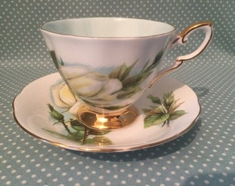 Vintage Paragon China Harry Wheatcroft Six Famous Roses Virgo tea cup and saucer. Duo. - FREE UK POST -
