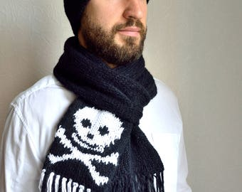 Hand knitted men's Skull and Bones hat and scarf set