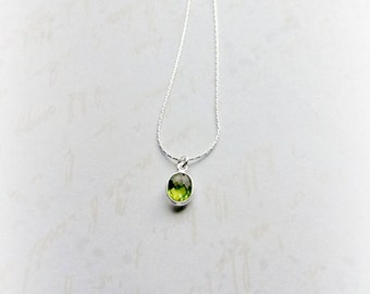 Sterling Silver Peridot Necklace Gemstone Necklace August Birthstone Jewellery Green Gemstone Gifts for Her