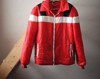 VINTAGE MARLBORO red jacket with detachable hood Vintage Red Jacket
