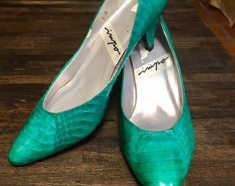 Vintage Designer Impo 1980s Aqua Snakeskin Covered High Heeled Pumps