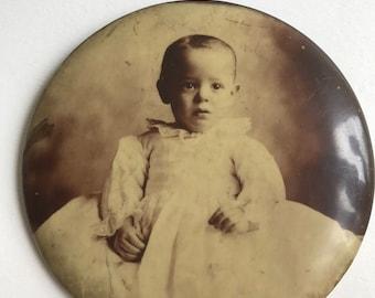 Vintage Photograph // Photo Pin // Baby Photo