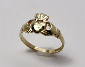 9K Gold Claddagh ring, size 6, gold Irish ring, small gold Claddagh ladies ring, Engagement ring, Irish wedding ring