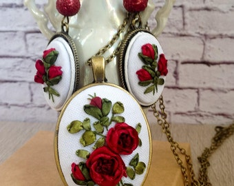 Jewelry set Burgundy roses in Vintage style Elegant pendant Chain and Earrings  in Bronze settings Embroidered jewelry with Silk ribbons