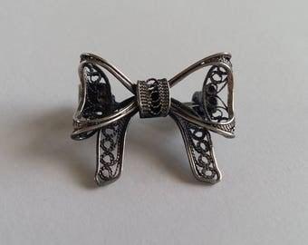 Filigree Brooch Ribbon, Sterling Silver Brooch, Filigree Jewelry, Filigrana Cordobesa, Light and Dark Version, Small Brooch, Gift Idea