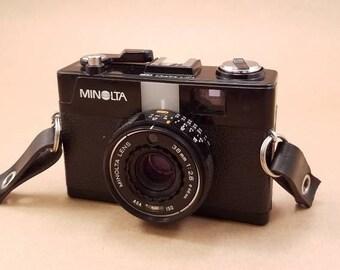 Minolta Hi-Matic G2