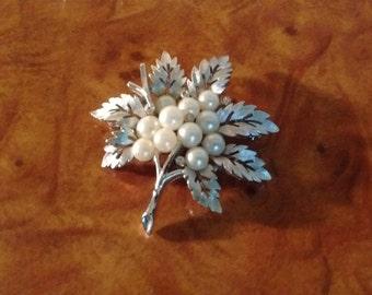 Vintage Crown Trifari Maple Leaf Pin/Faux Pearl/Rhinestones-