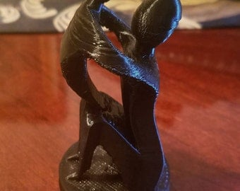 Beautiful Mother and Child Statue — 3D Printed